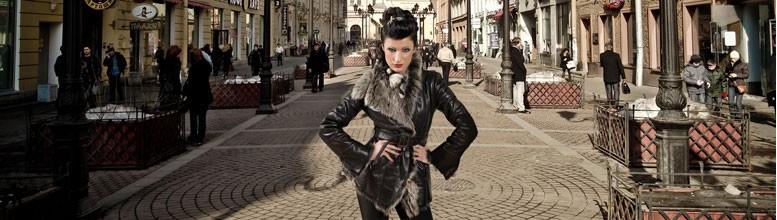 Kożuch damski kurtka wykonana z owczych skór pokrytych błyszczącym impregnatem